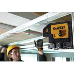 Лазерный уровень DeWALT DW083K